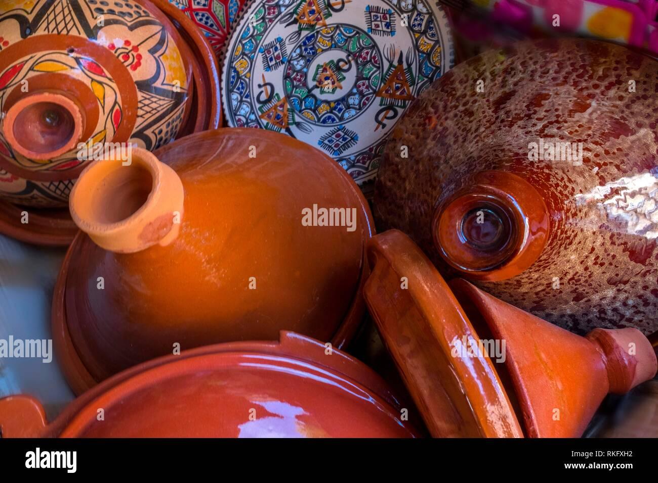Morocco, Handicraft, typical ceramics plates. - Stock Image