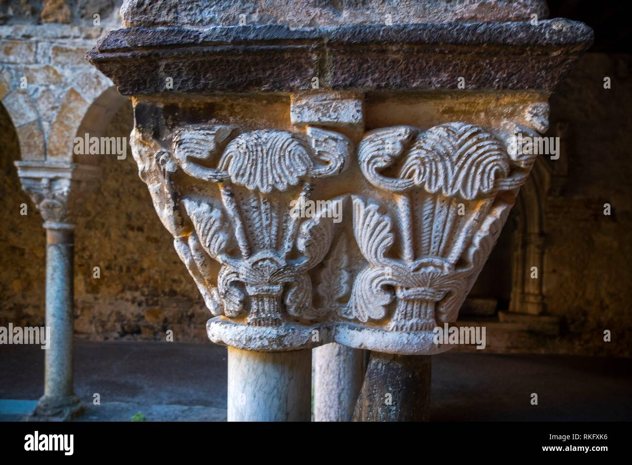 France, Occitanie, Arriege, detail of a column at the cloister (11th Century) of the cathedrale at Saint Ligier. - Stock Image