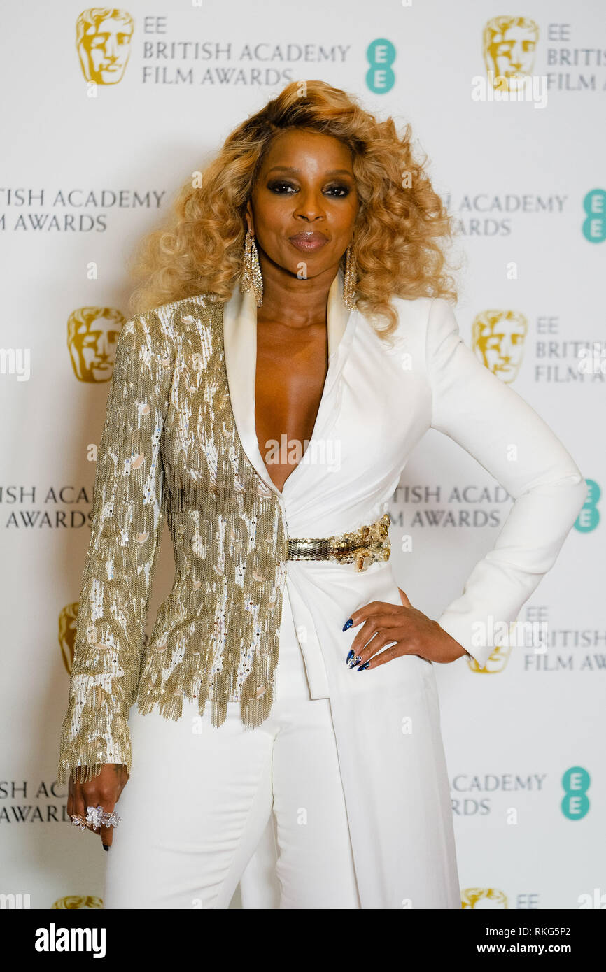 Mary J Blige poses backstage at the British Academy Film Awards on Sunday 10 February 2019 at Royal Albert Hall, London. . Picture by Julie Edwards. - Stock Image