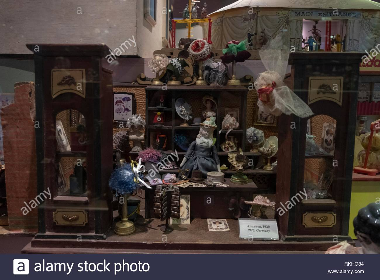 Vintage Dollhouse 1920 a German hat shop Stock Photo  235799204 - Alamy a6f39f6736f