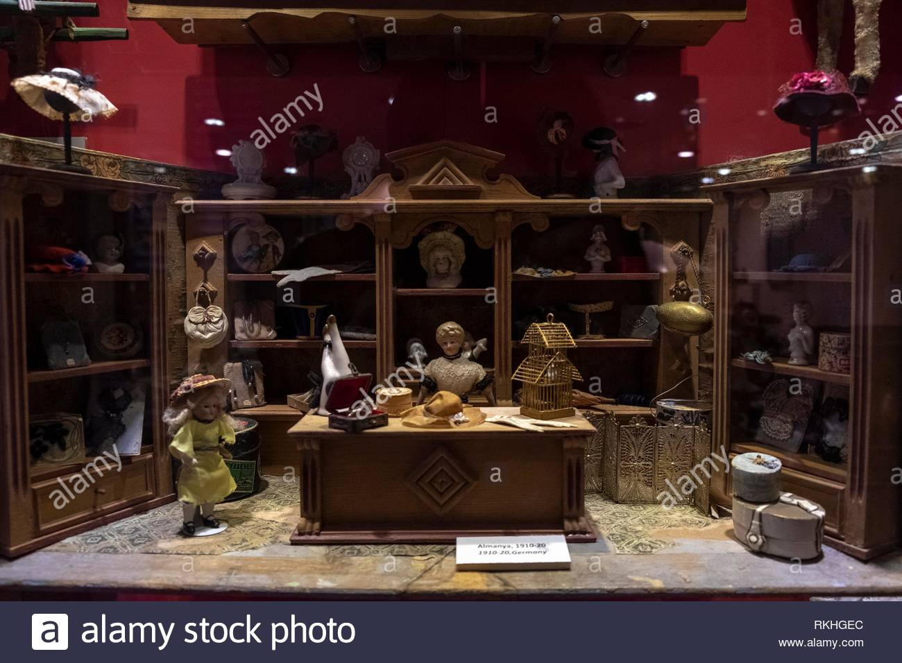 Vintage Dollhouse Germany 1910 the hat shop Stock Photo  235799380 ... c58f36472a4