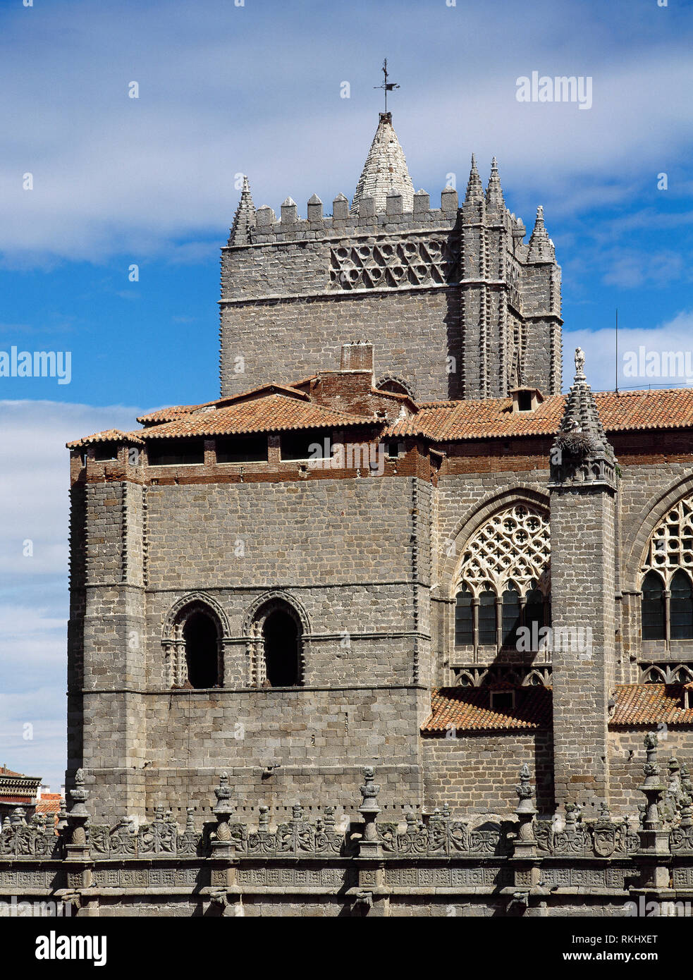 Spain, Castile and Leon, Avila. Cathedral of St. Salvador. Catholic church. It was started in the 12th century in Romanesque style and concluded in the 14th century in Gothic style. Architectural detail of the exterior. - Stock Image