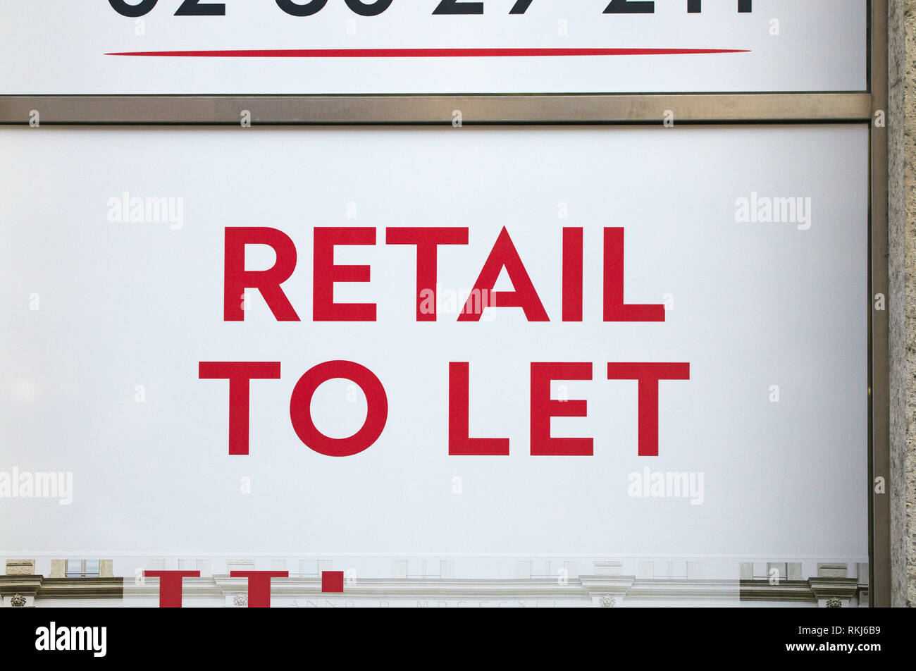 RETAIL TO LET sign - Stock Image