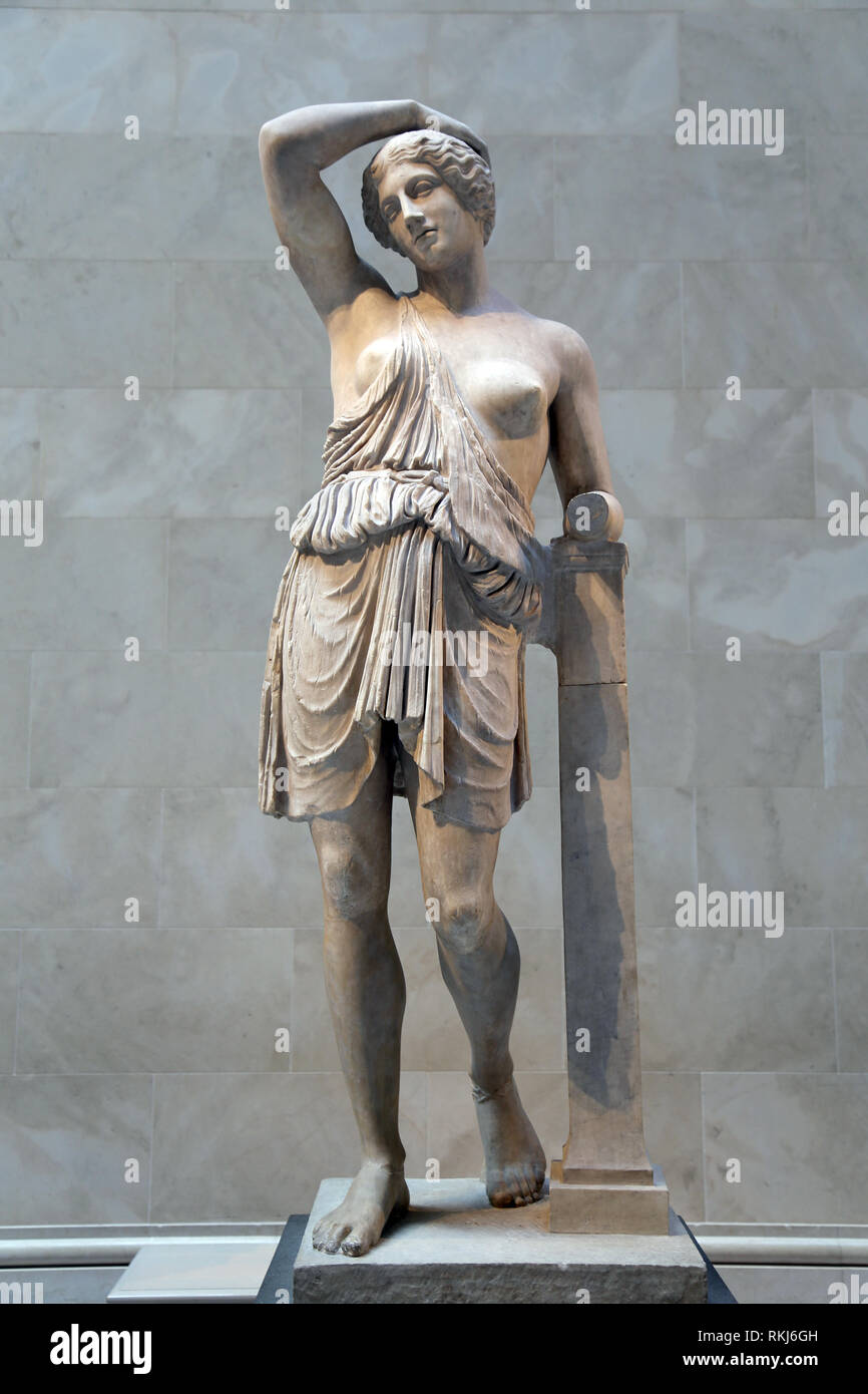 Roman copy. Statue of wounded Amazon. 1st-2nd CE. Cpy of a Greek statue, 450 BC. The Met, NY, USA. - Stock Image