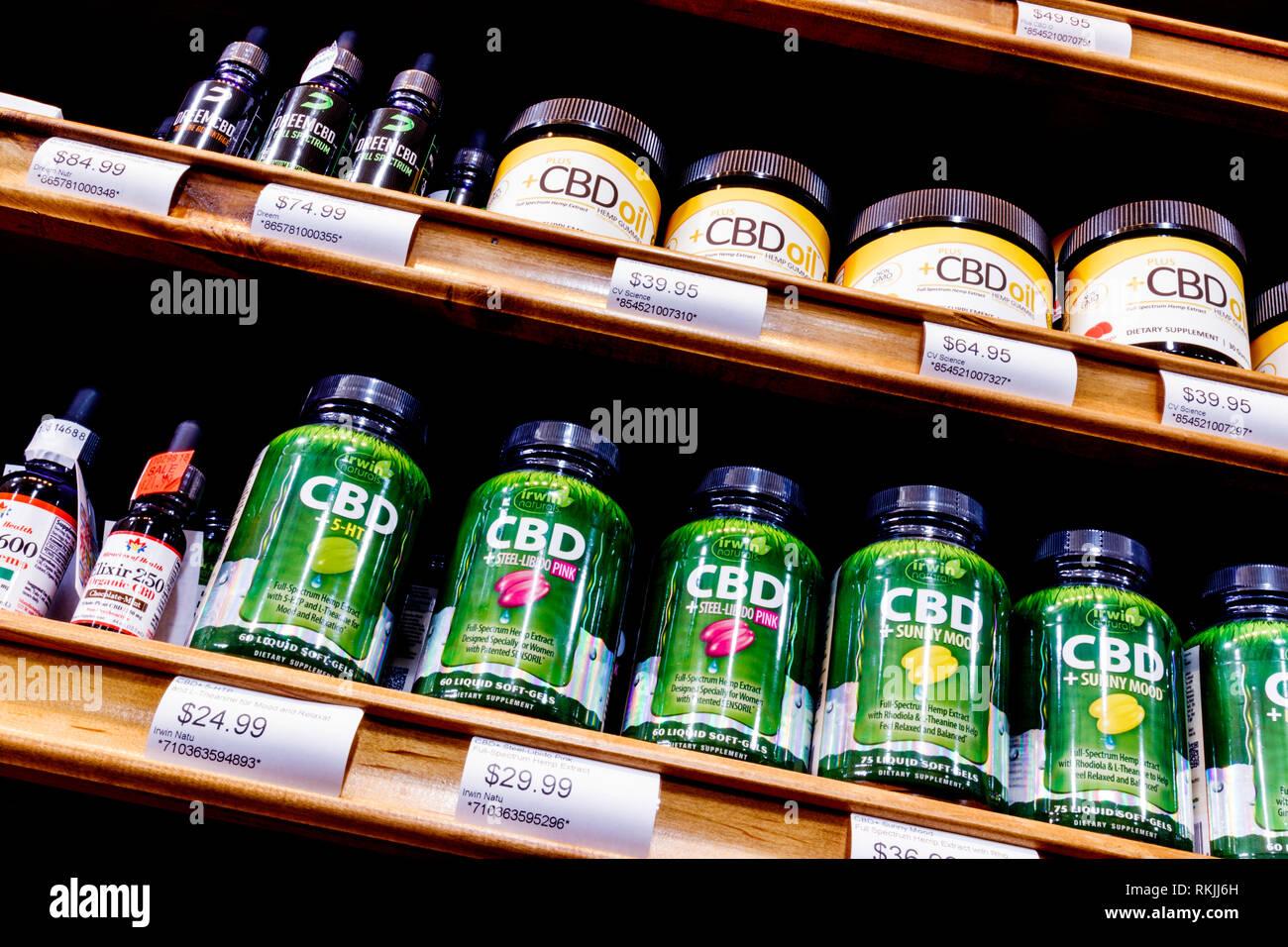 Cbd Oil Stock Photos Images