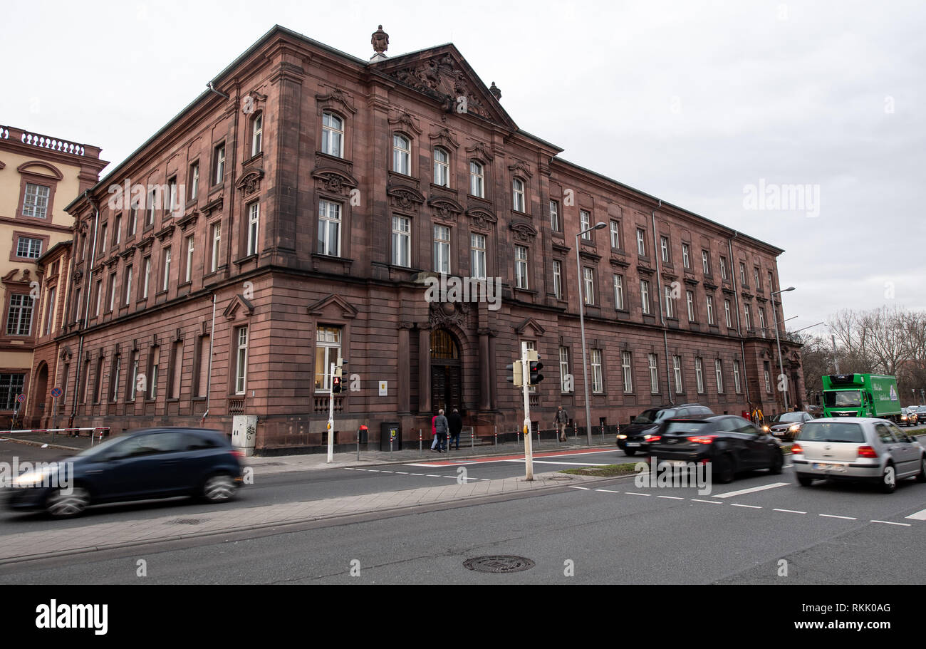 Mannheim, Germany. 12th Feb, 2019. The local court in Mannheim. Here begins a trial against a married couple who are said to have brutally abused their foster son. The fosterelten are accused on suspicion of dangerous bodily injury with mistreatment of persons under protection. Credit: Fabian Sommer/dpa/Alamy Live News - Stock Image