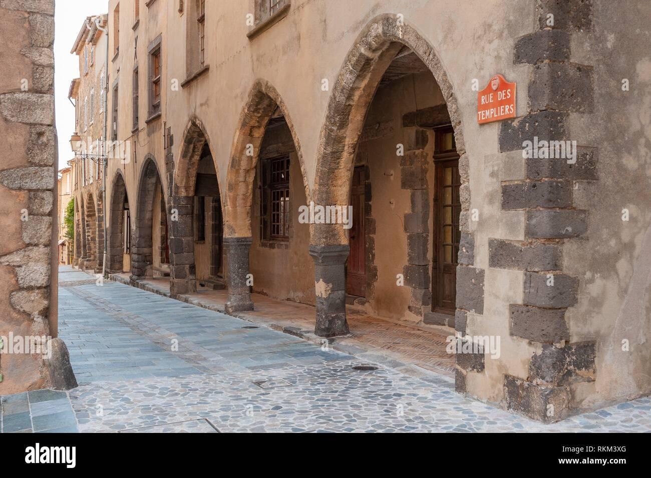 Arcades in the historic Rue des Templiers, Grimaud-Village, Var, Provence-Alpes-Cote d`Azur, France, Europe. - Stock Image