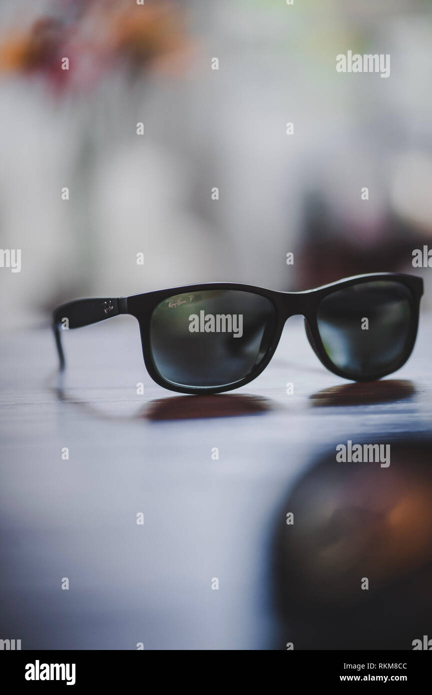 63dc1caf79 Rayban Stock Photos   Rayban Stock Images - Page 2 - Alamy