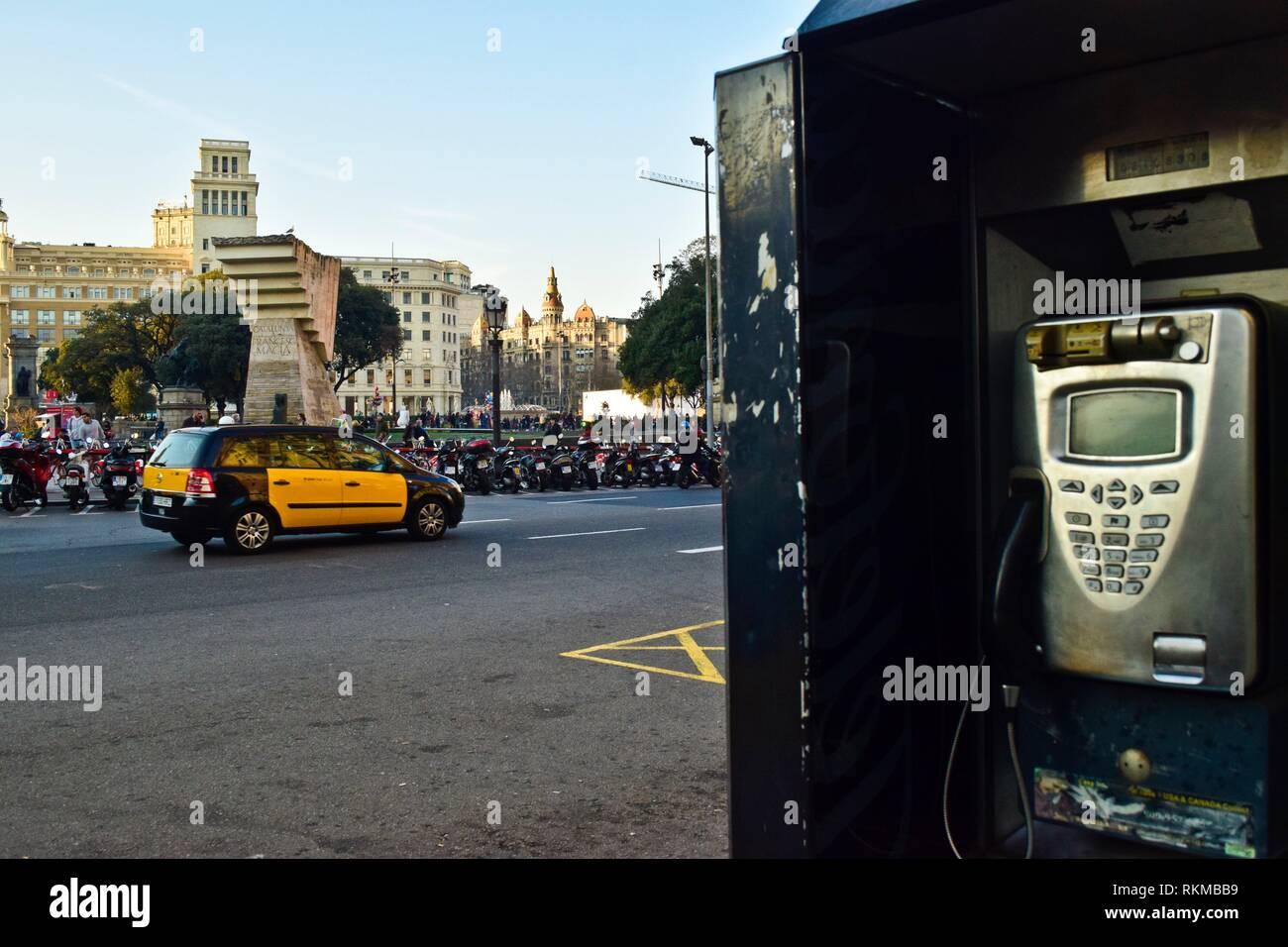 Payphone. Plaça de Catalunya. Barcelona, Catalonia, Spain. - Stock Image