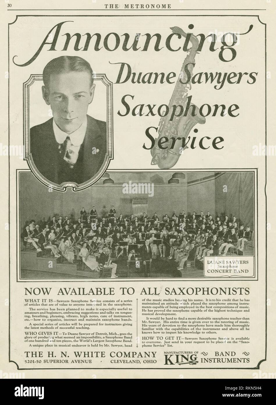 Announcing Duane Sawyers Saxophone Service. The Metronome The metronome, Vol. 40, 1924. Date Issued: 1924-04. Music Bands (Music) saxophones. - Stock Image