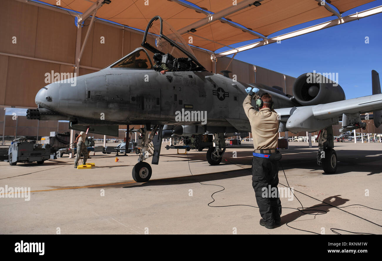 A U.S. Air Force A-10 Thunderbolt II parks on the flight line during an integrated combat turn at Davis-Monthan Air Force Base, Ariz., Jan. 18, 2019. ICTs involve rapidly rearming and refueling aircraft in order to get them back in the air as soon as possible. (U.S. Air Force photo by Airman Frankie D. Moore) - Stock Image