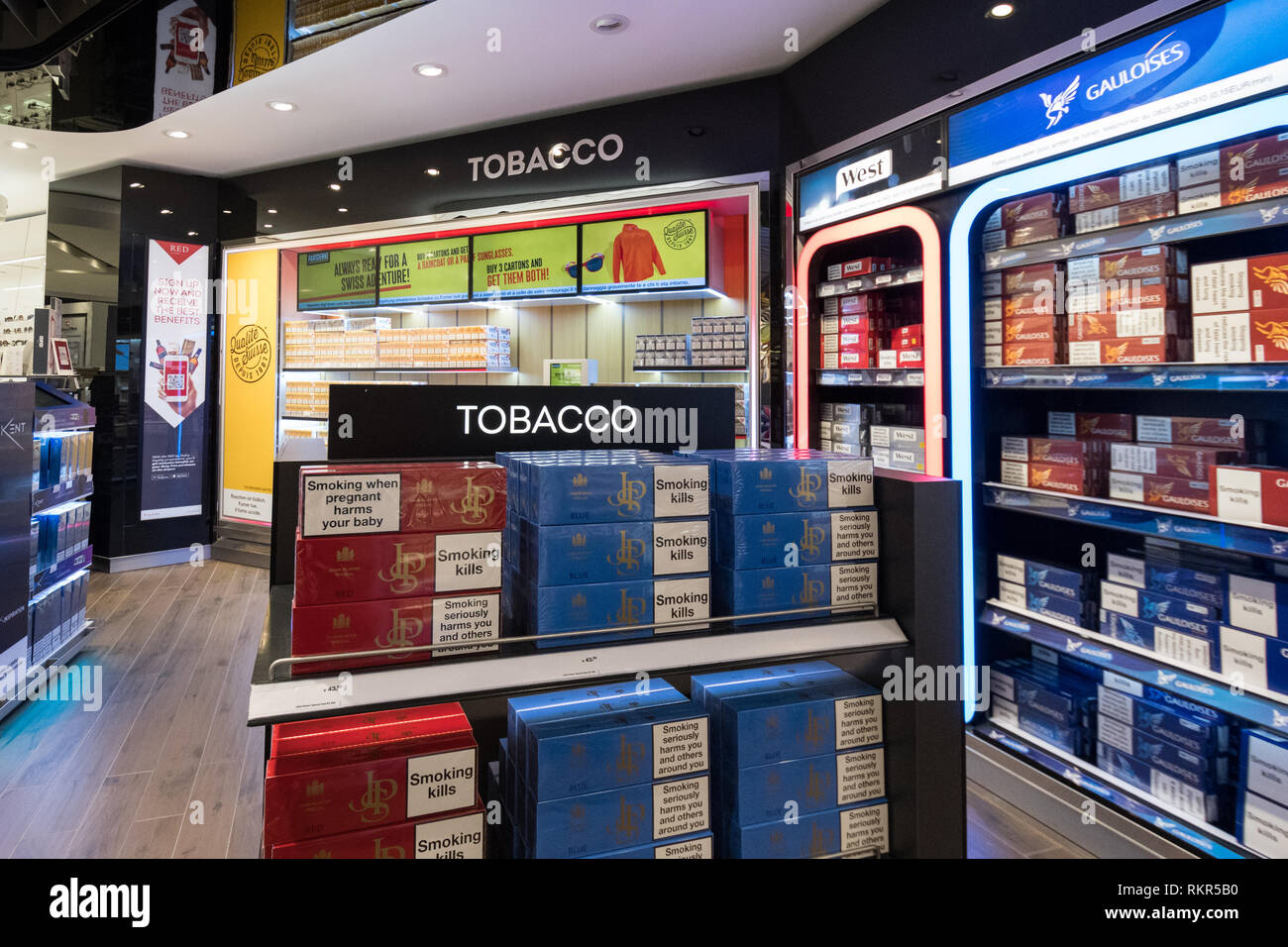 Duty Free Cigarettes Stock Photos & Duty Free Cigarettes Stock