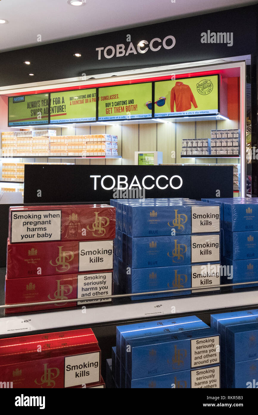 Duty Free Cigarettes Stock Photos & Duty Free Cigarettes