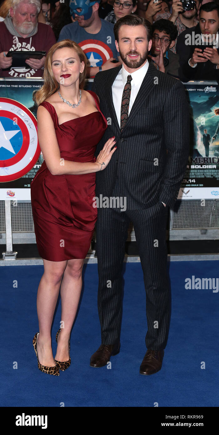 Scarlett Johansson And Chris Evans Arrive At The Uk Premiere Of Captain America The Winter Soldier At Vue Cinema In Westfield Shopping Centre In Lond Stock Photo Alamy