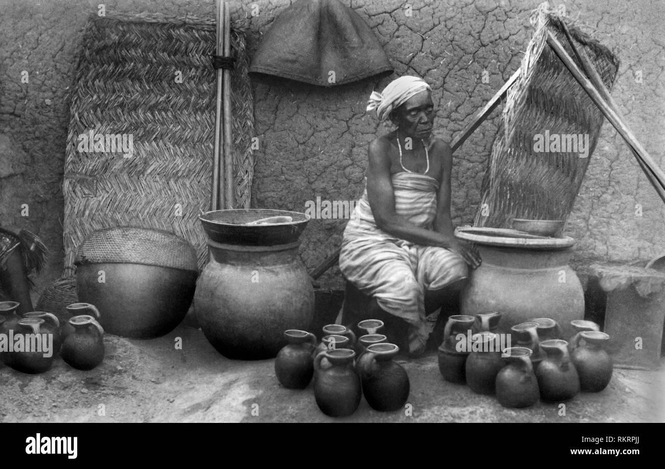 water vendor, nigeria, africa 1920 - Stock Image