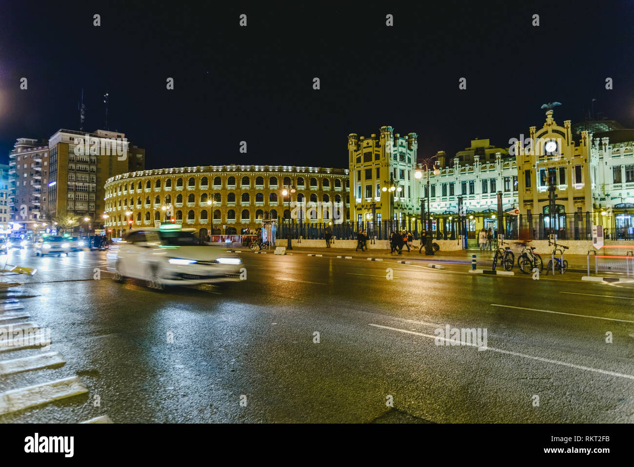 Taxi fare from Valencia Airport to city centre