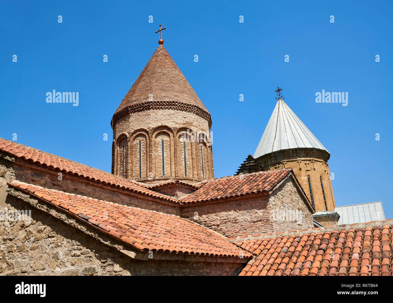 Pictures & images of the Georgian Orthodox church of the Virgin, early 17th century, Ananuri castle complex, Georgia (country).  Ananuri castle is sit - Stock Image