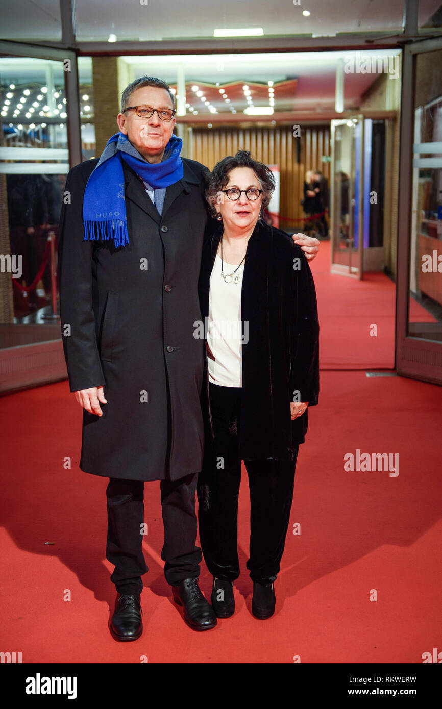 Berlin, Germany. 10th Feb, 2019. 69th Berlinale: Thomas Hailer (l-r), curator of the Berlinale, and Roberta Grossman, director, come to the premiere of the film 'Who do you think I am'. The film is shown at the International Film Festival in the category 'Berlinale Special'. Credit: Gregor Fischer/dpa/Alamy Live News - Stock Image