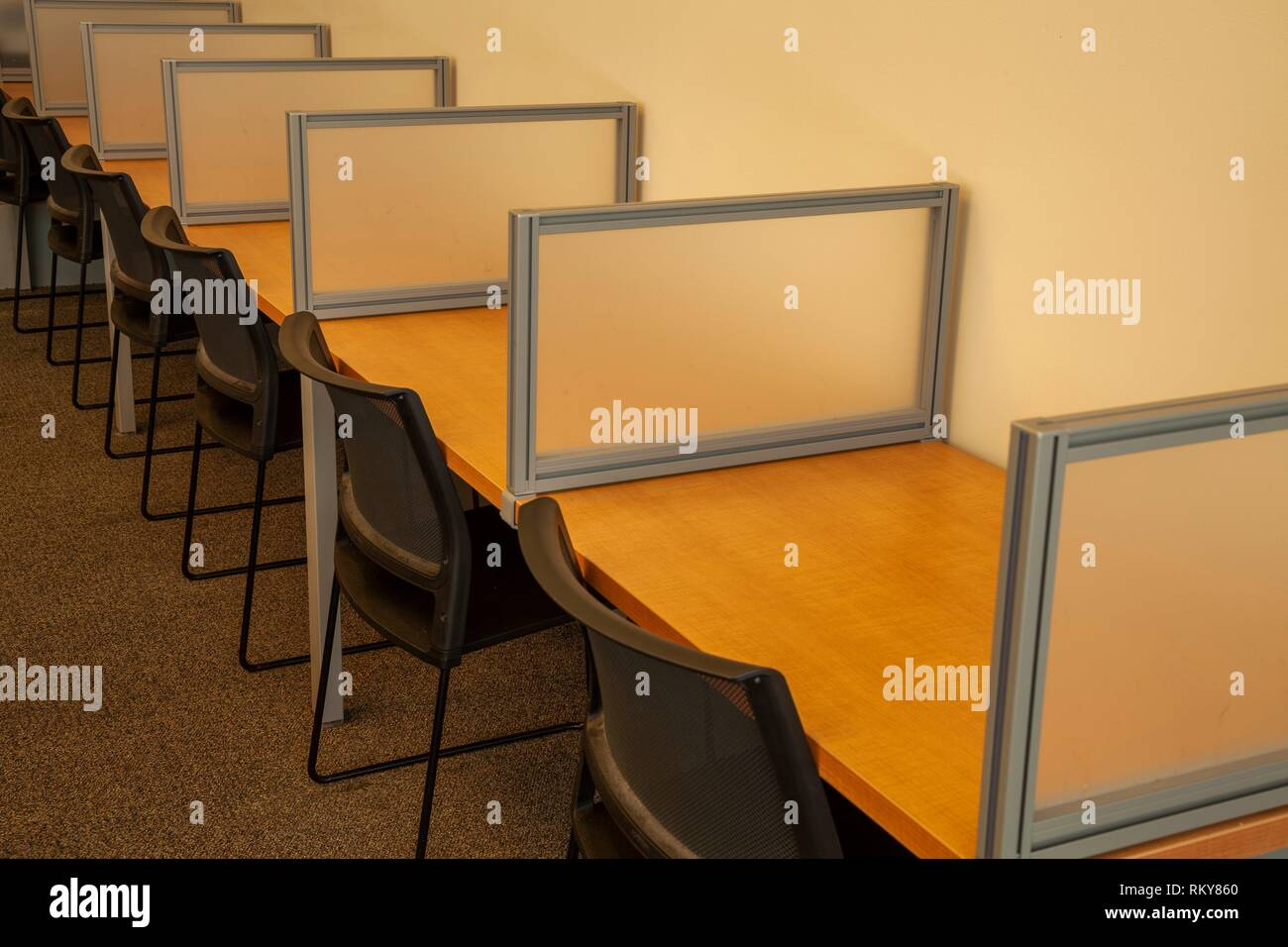 Student work stations in a college. - Stock Image