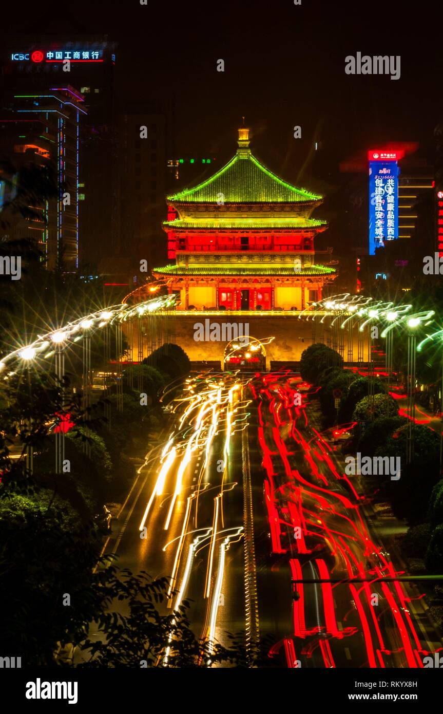 The Bell Tower, built in 1384 during the early Ming Dynasty, is a symbol of the city of Xi'an and one of the grandest of its kind in China. The Bell Stock Photo