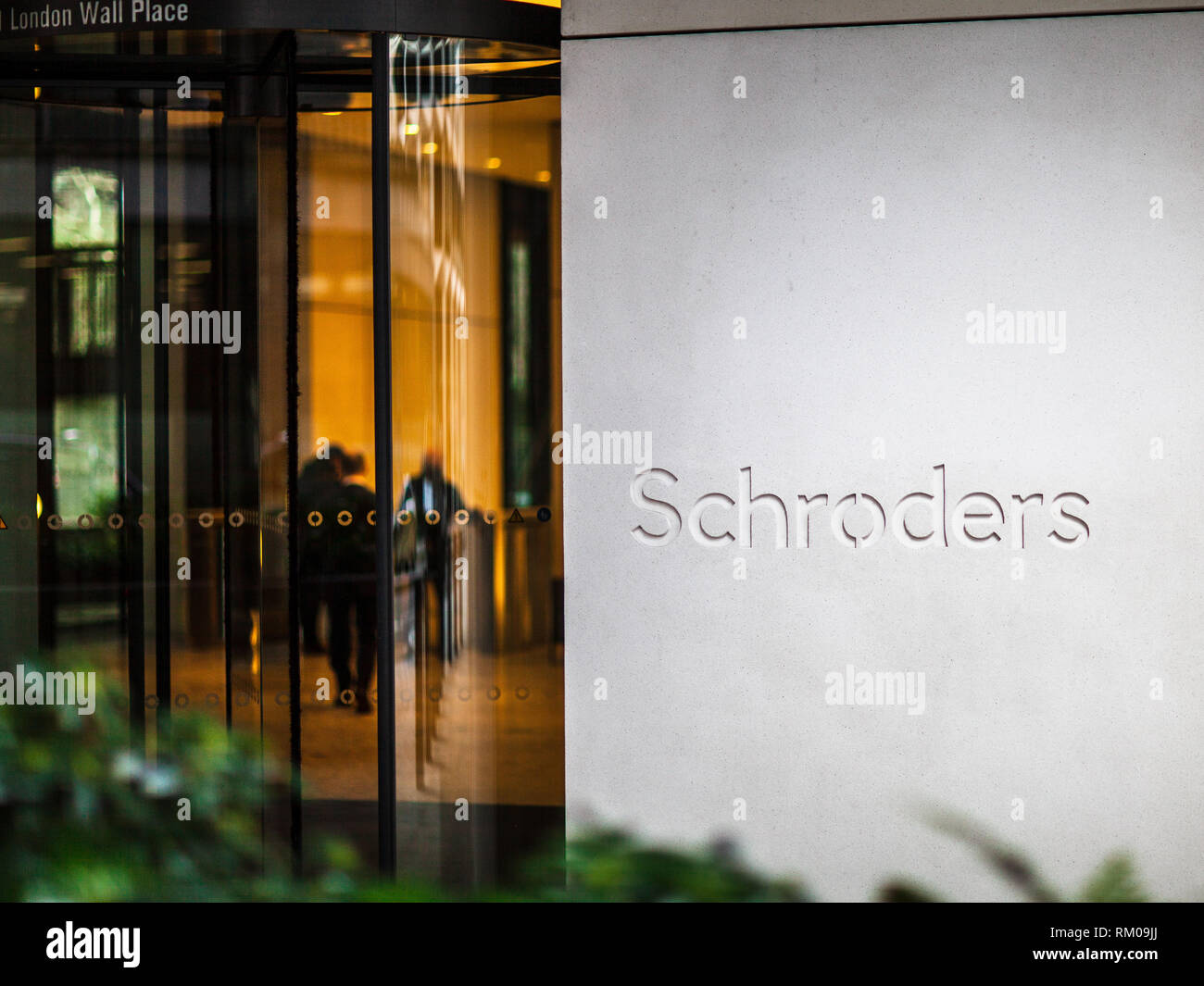 Schroders PLC Head Office HQ at 1 London Wall Place in the City of London Financial District. Multinational Asset Management Company, founded in 1804. - Stock Image