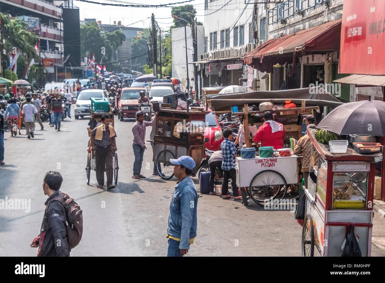 Street vendor in Jakarta, Indonesia - Stock Image