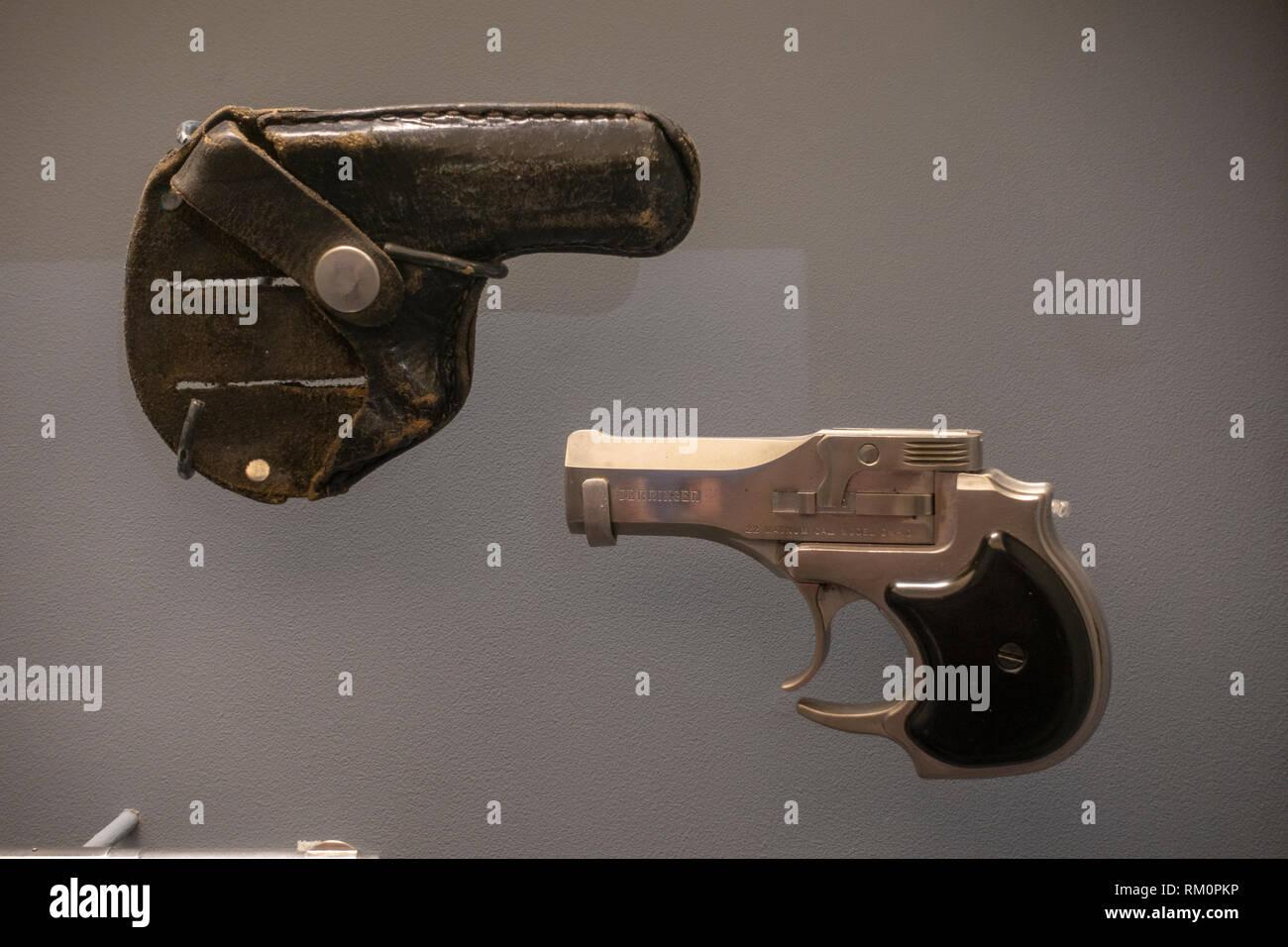 22 Caliber Gun Stock Photos & 22 Caliber Gun Stock Images - Alamy