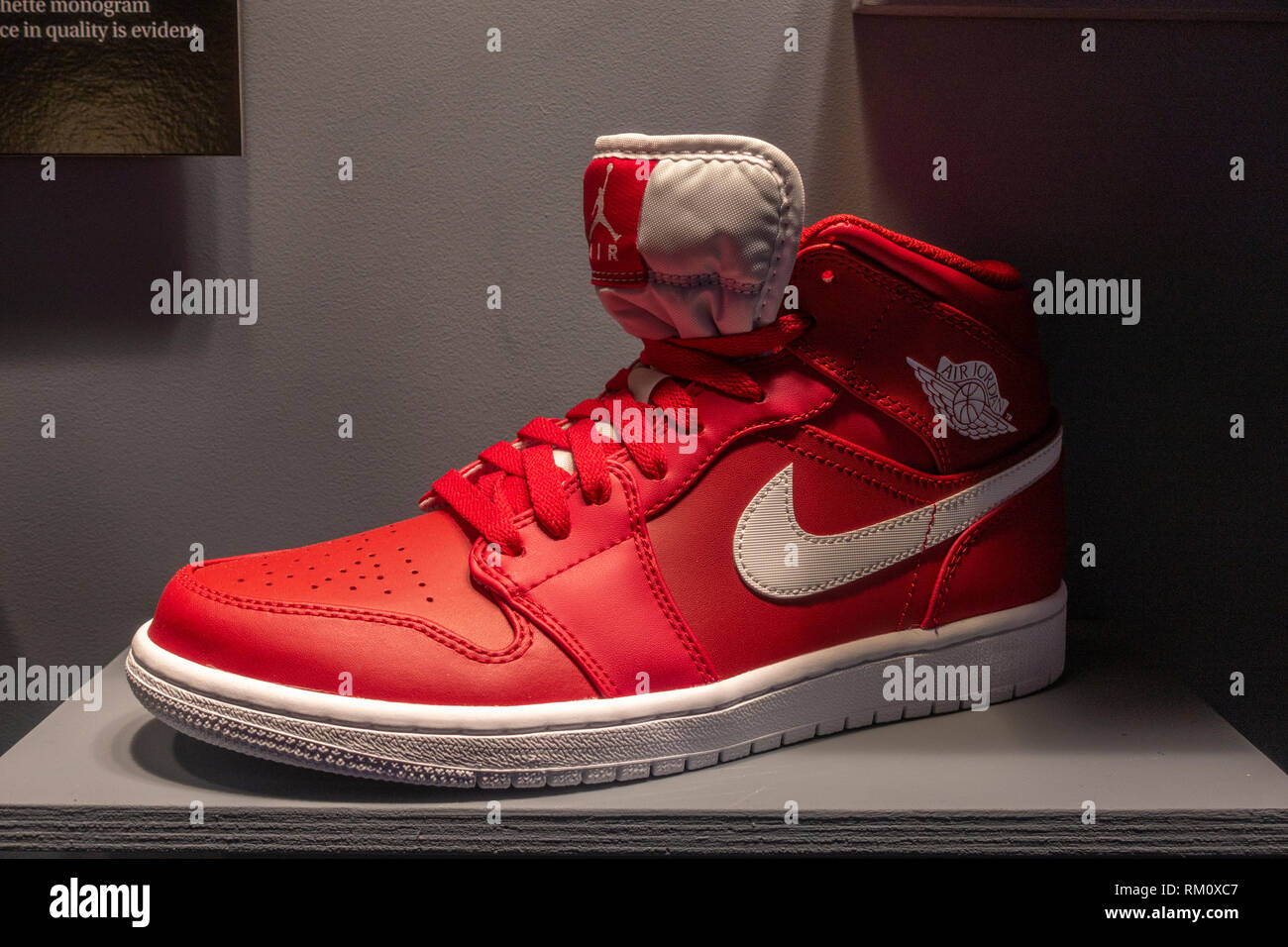 save off c9158 9337f A genuine Nike Air Jordan high-top shoe in the Fake or Real display,