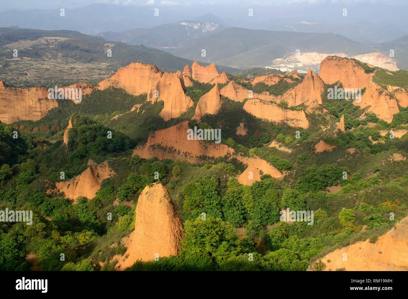 District of El Bierzo (Spain). Las Médulas landscape environment of the old Roman gold mining. - Stock Image