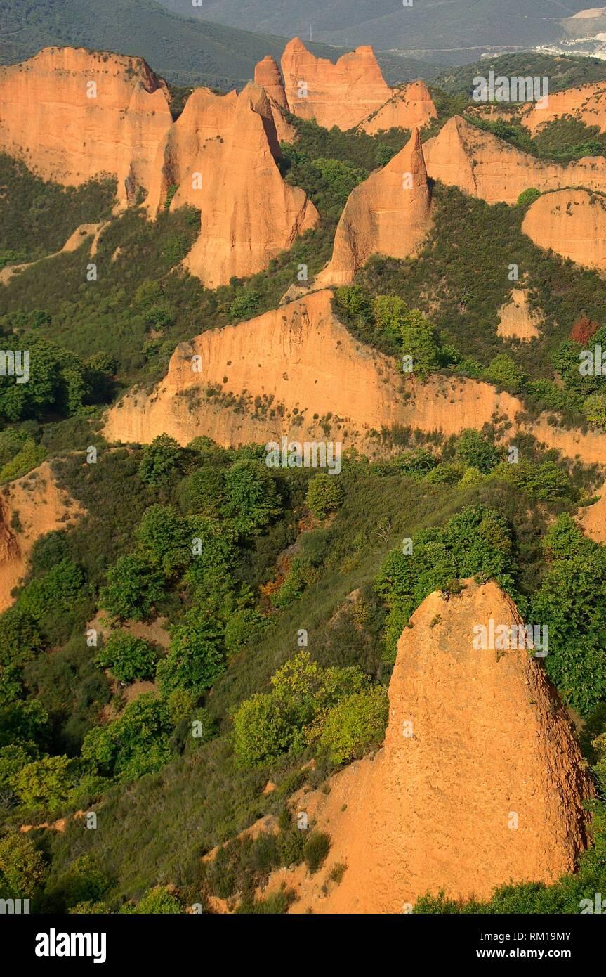 District of El Bierzo (Spain). Las Médulas (ancient Roman gold mining). - Stock Image