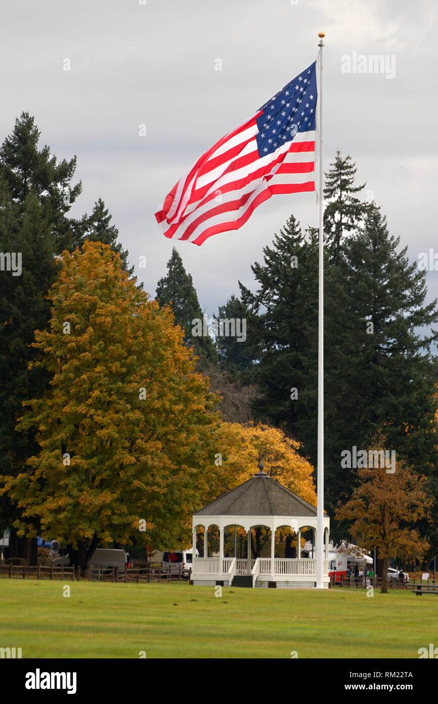 Bandstand with American flag, Fort Vancouver National Historic Site, Vancouver National Historic Reserve, Washington. - Stock Image