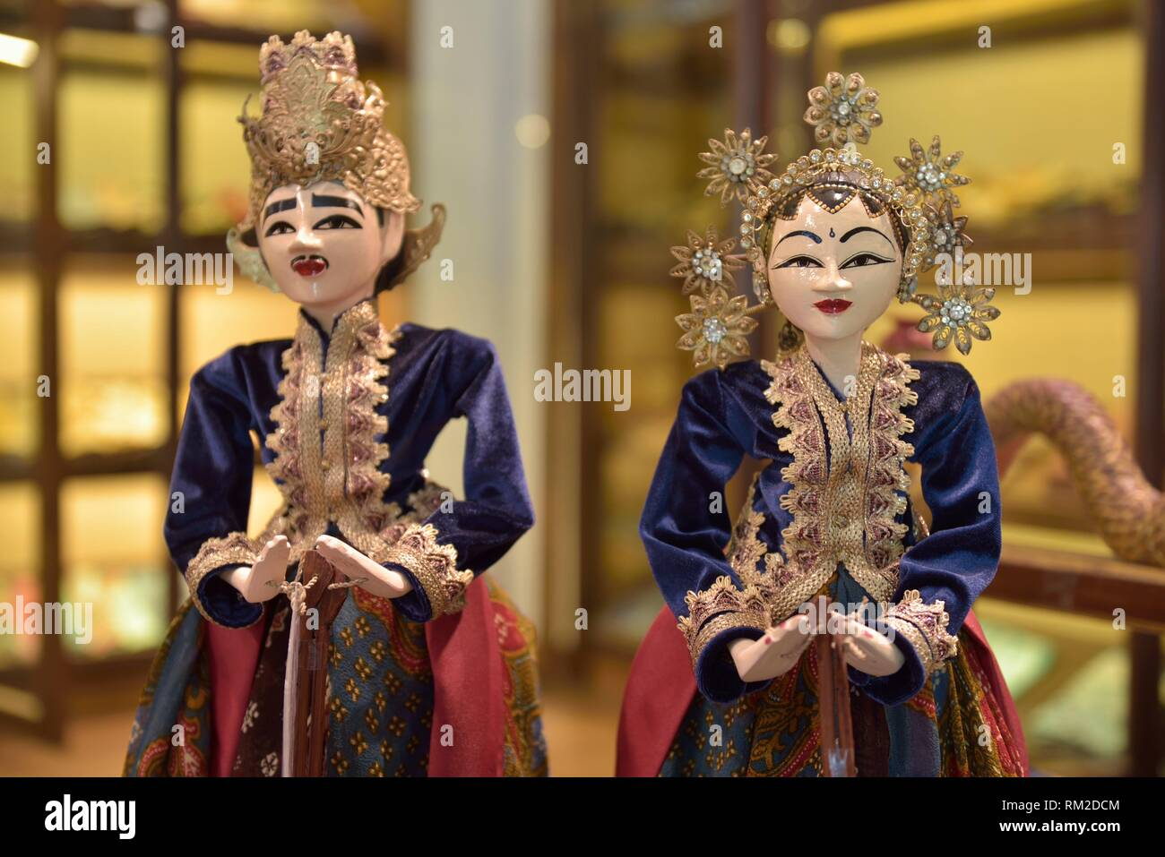 ´´Loro Blonyo´´, couple of painted wooden statue depicting the goddess of fertility Dewi Sri and his husband, is found easily in Javanese home, hotel - Stock Image