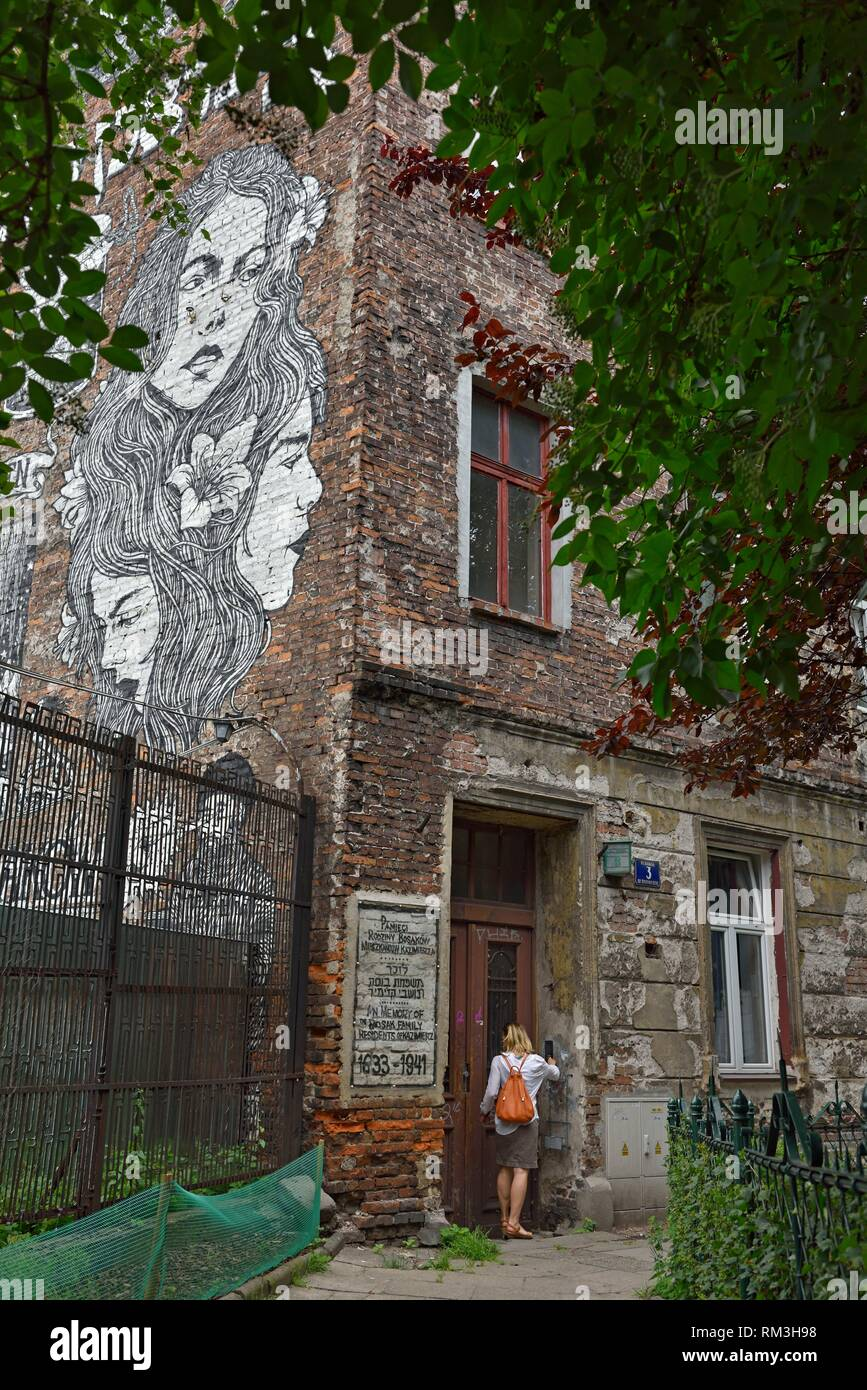 Mural by Broken Fingaz (a group from Haifa, Israel) dedicated to the memory of Bosak family who has owned the building from 17th century until late - Stock Image