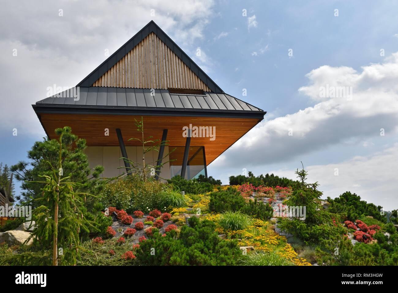 maison moderne en bois par le Bureau des Architectes Karpiel ...