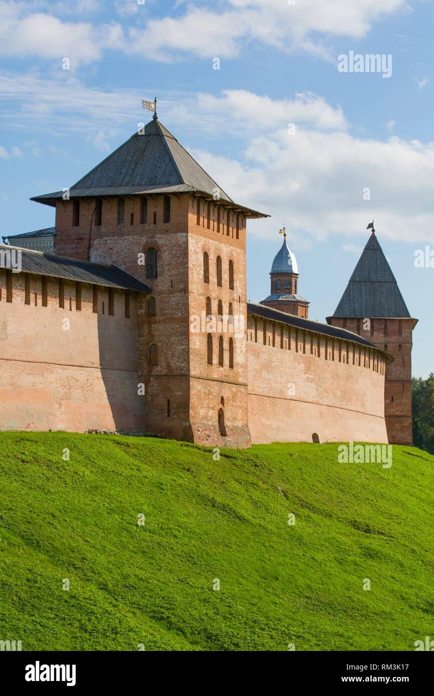 Kremlin Wall with Towers, UNESCO World Heritage Site, Veliky Novgorod, Novgorod Oblast, Russian Federation - Stock Image