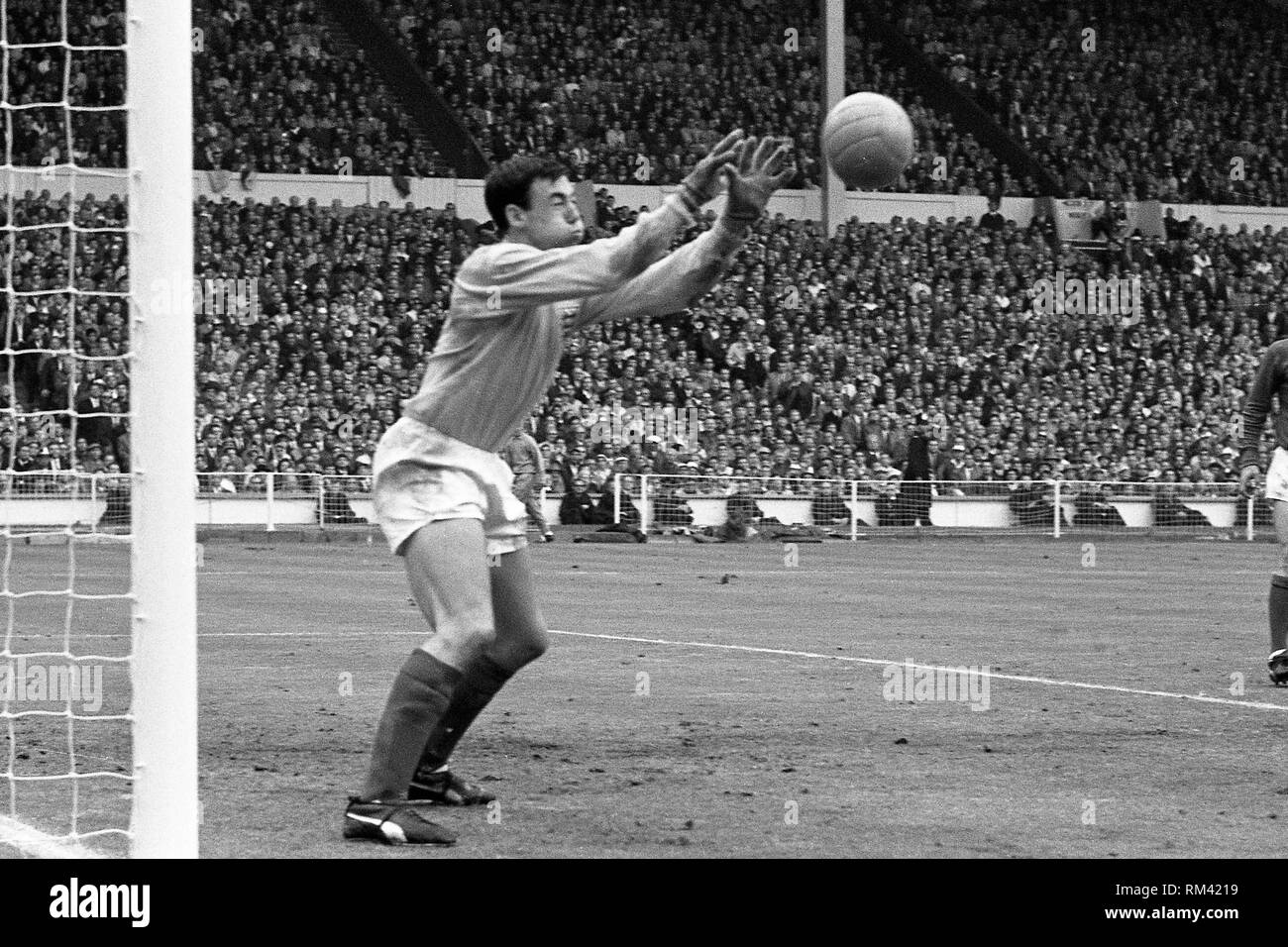Gordon BANKS, goalkeeper England, action, parade, World Cup 1966 in the London Wembley Stadium, England - Germany 4: 2 n/a, 30.07.1966. | Usage worldwide - Stock Image