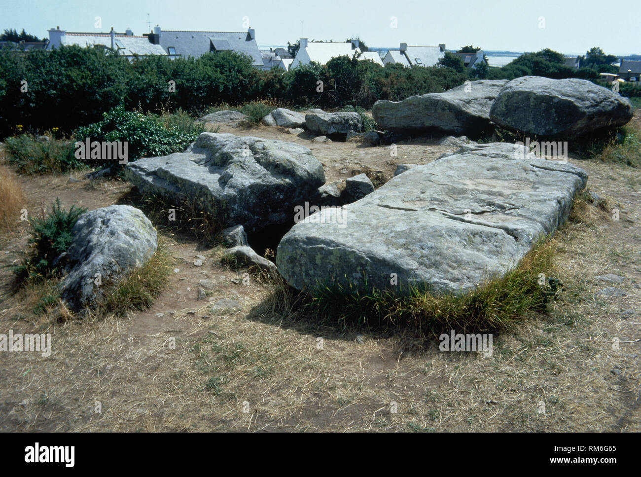 France, Brittany, Plouharnel. Dolmens of Rondossec. Neolithic period, 5th-3th millennium BC. - Stock Image