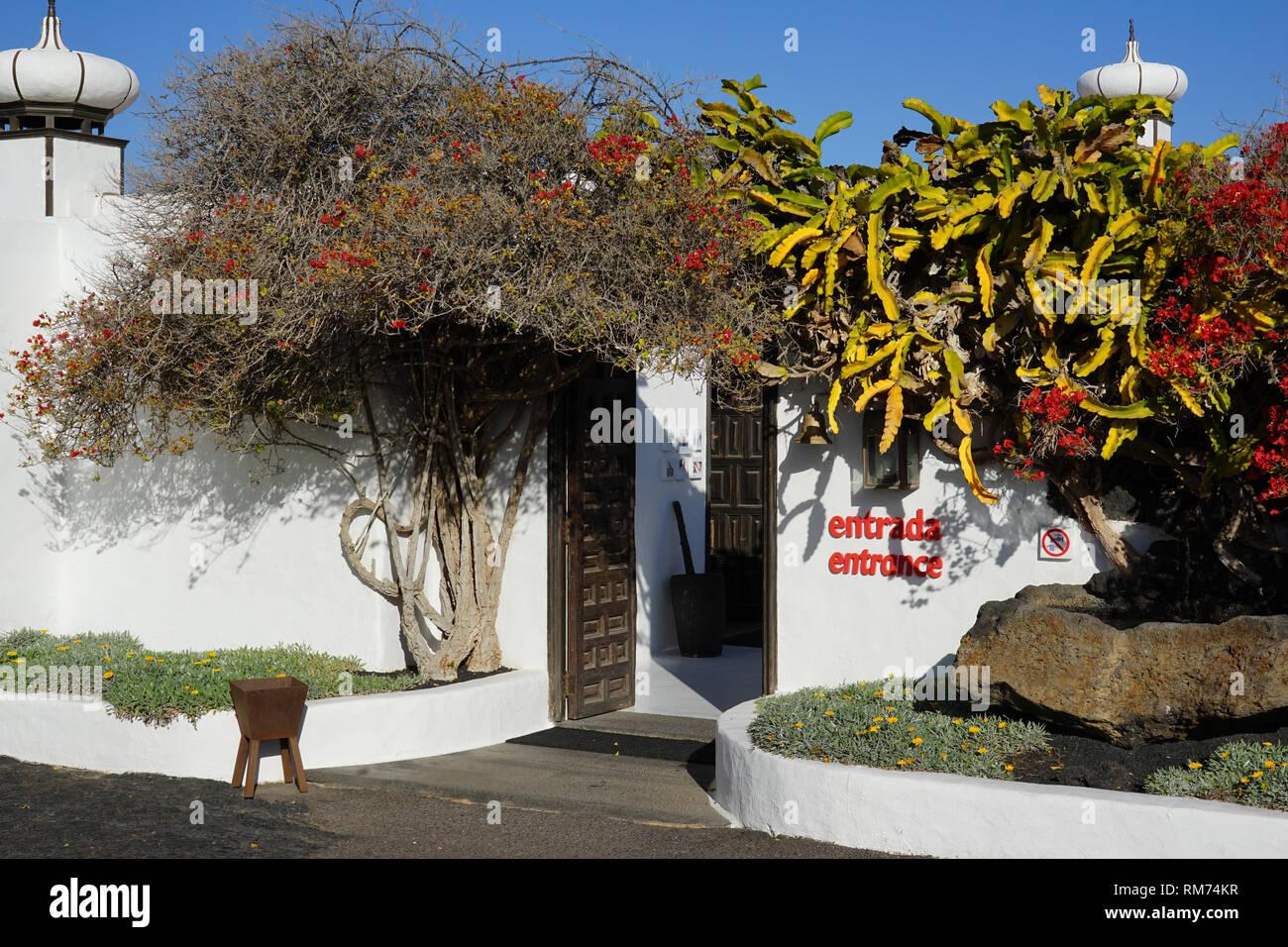 Eingang, Fundación César Manrique,  Vulkan und Architektur, Museum, Tahiche, Lanzarote, Kanarische Inseln, Spanien - Stock Image