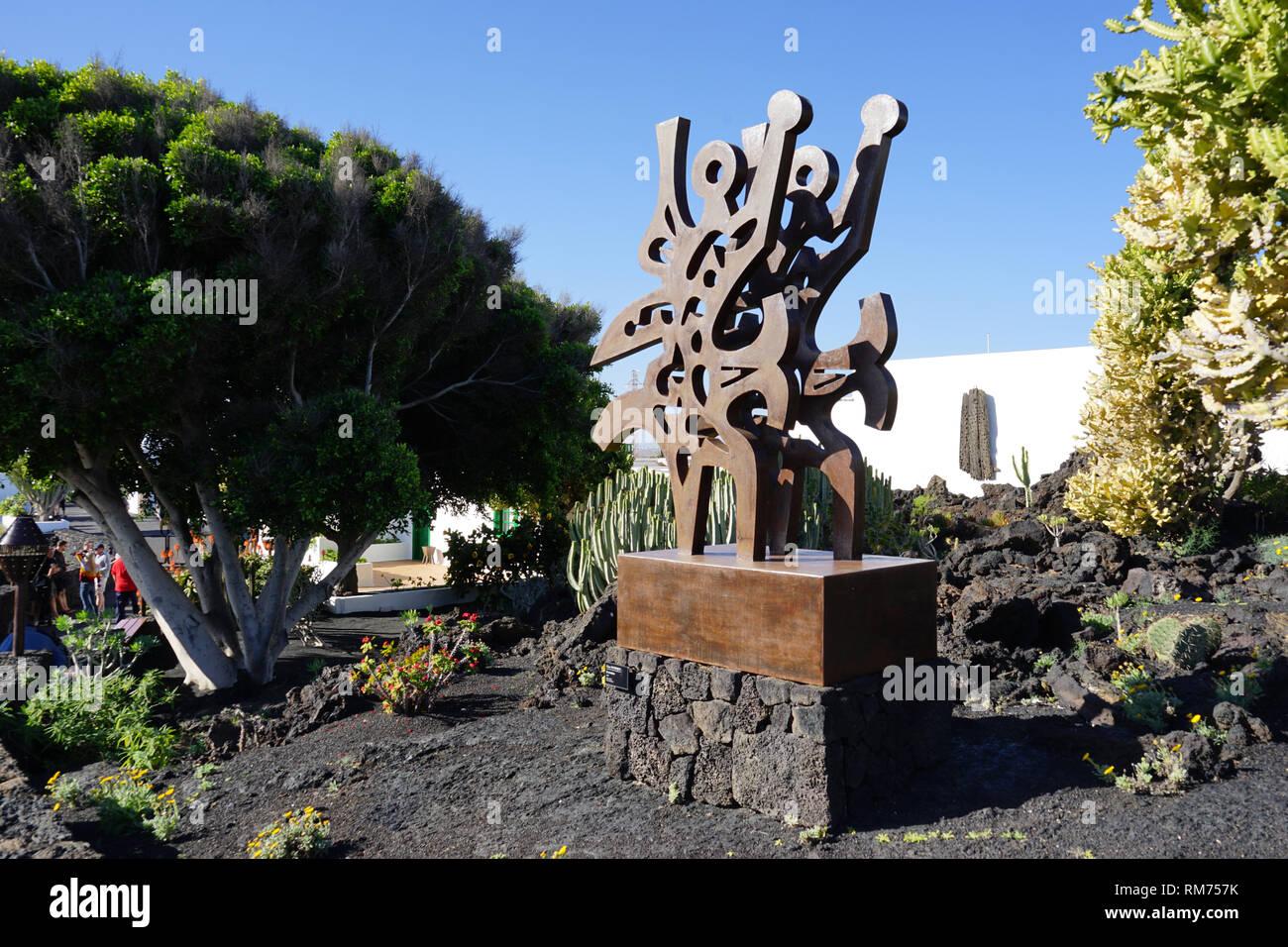 El triunfador, Skulptur im Garten der Fundación César Manrique,  Museum, Tahiche, Lanzarote, Kanarische Inseln, Spanien - Stock Image