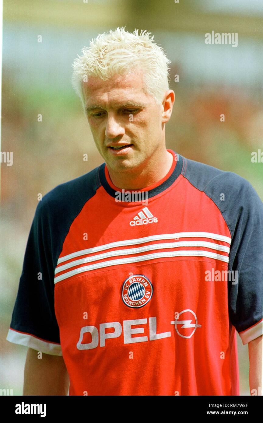 BayArenaLeverkusen 29.5.1999, 1. Fussball Bundesliga Saison 1998/1999 34.Spieltag,  Bayer 04 Leverkusen vs FC Bayern MŸnchen (Munchen, Muenchen) ---Thomas STRUNZ, Bayern - Stock Image