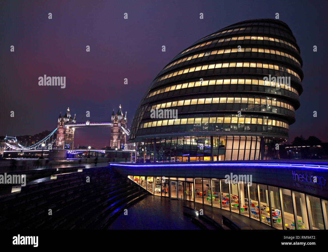 London City Hall in the evening, The Queen's Walk, London, South East England,UK, SE1 2AA - Stock Image