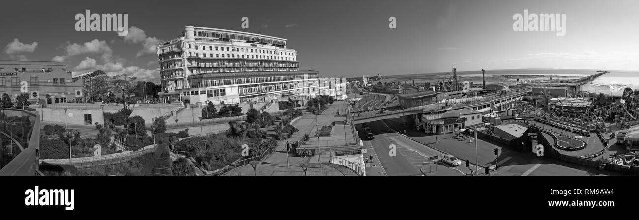 Black and White Southend-on-sea seafront panorama, wide image frm beach to town centre, Essex, South East England, UK, SS1 2EJ - Stock Image