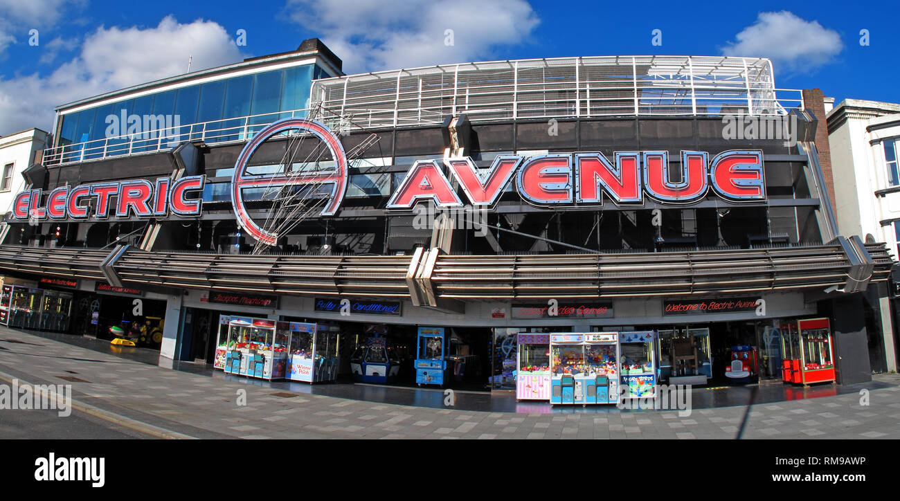Electric avenue video arcade, Southend-on-sea beachfront, Essex, England, UK - Stock Image
