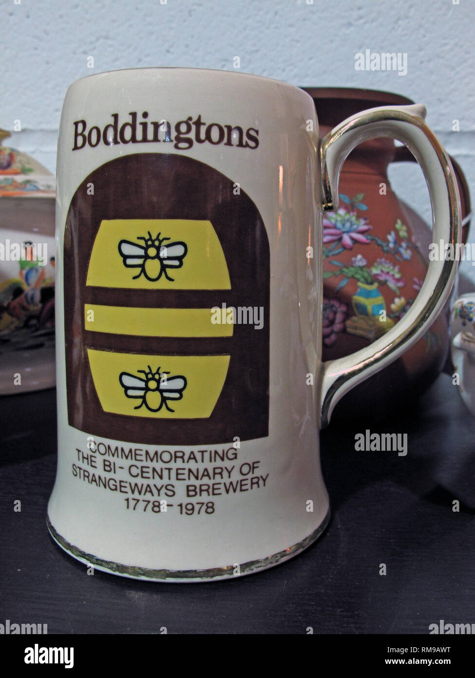 Pot tankard, Commemorating the bi-centenary of Strangeways Brewery 1778-1978 - Stock Image