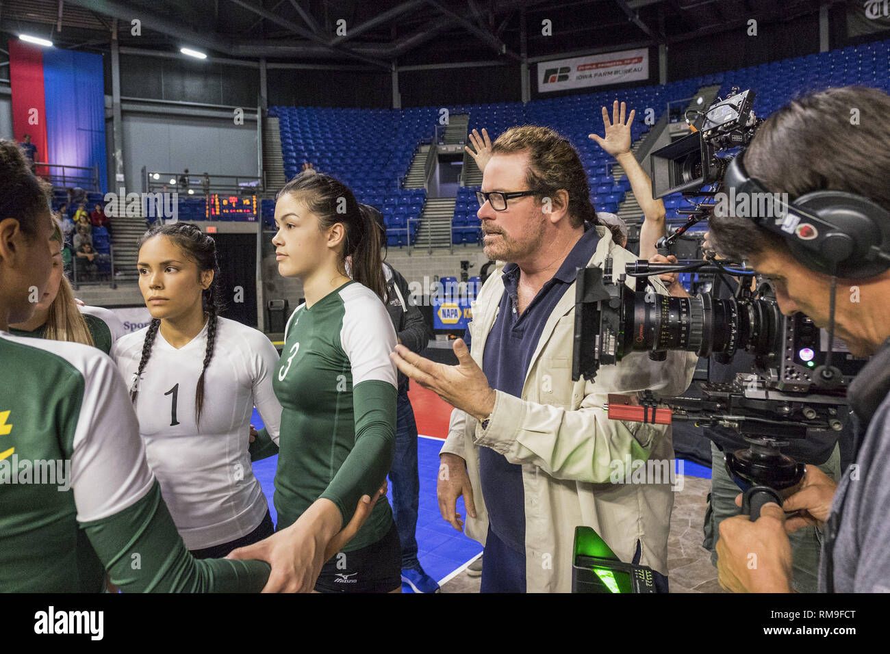 RELEASE DATE: April 6, 2018 TITLE: The Miracle Season STUDIO: LD Entertainment DIRECTOR: Sean McNamara PLOT: After the tragic death of star volleyball player Caroline ''Line'' Found, a team of dispirited high school girls must band together under the guidance of their tough-love coach in hopes of winning the state championship. STARRING: Helen Hunt, Erin Moriarty, William Hurt. (Credit Image: © LD Entertainment/Entertainment Pictures) - Stock Image