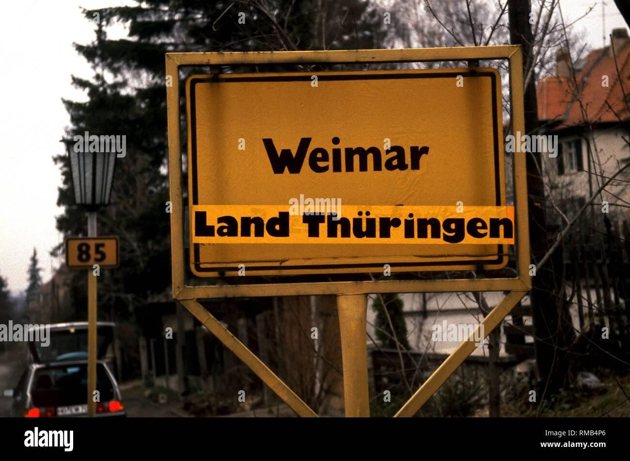 Town sign of Weimar with the addition 'State Thuringia'. - Stock Image