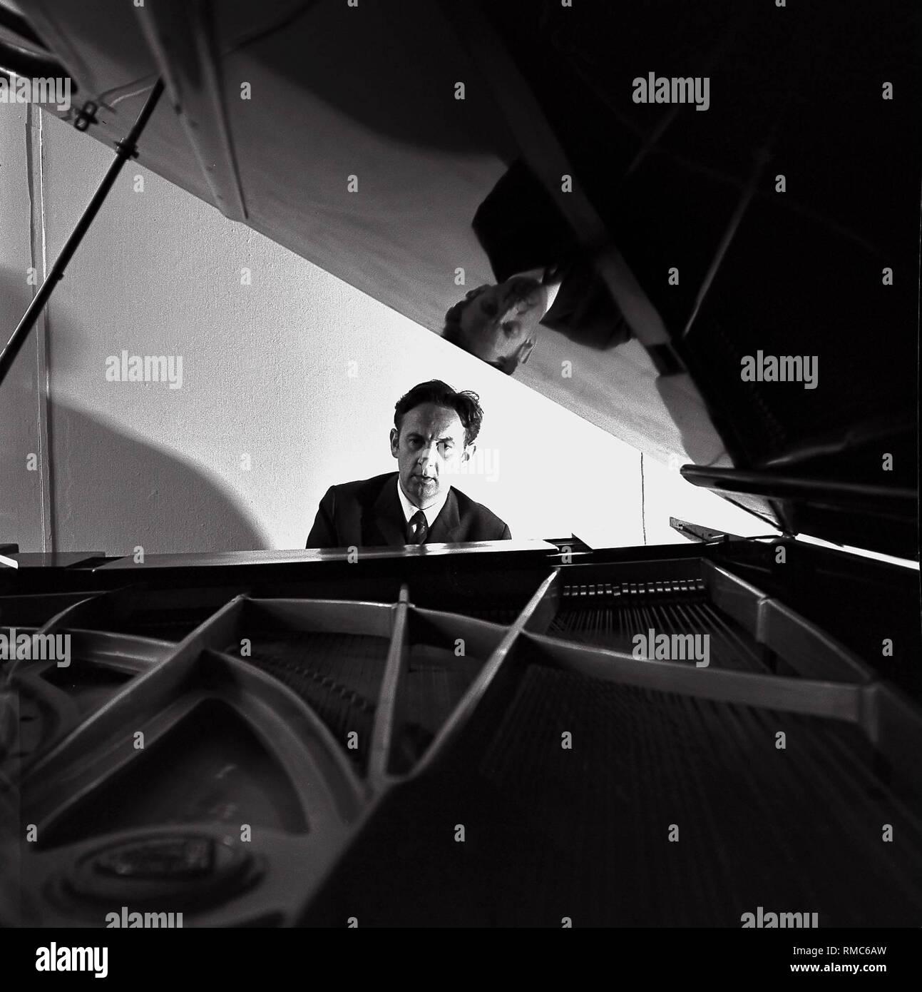 The pianist, Professor Doctor Dieter Zechlin. - Stock Image