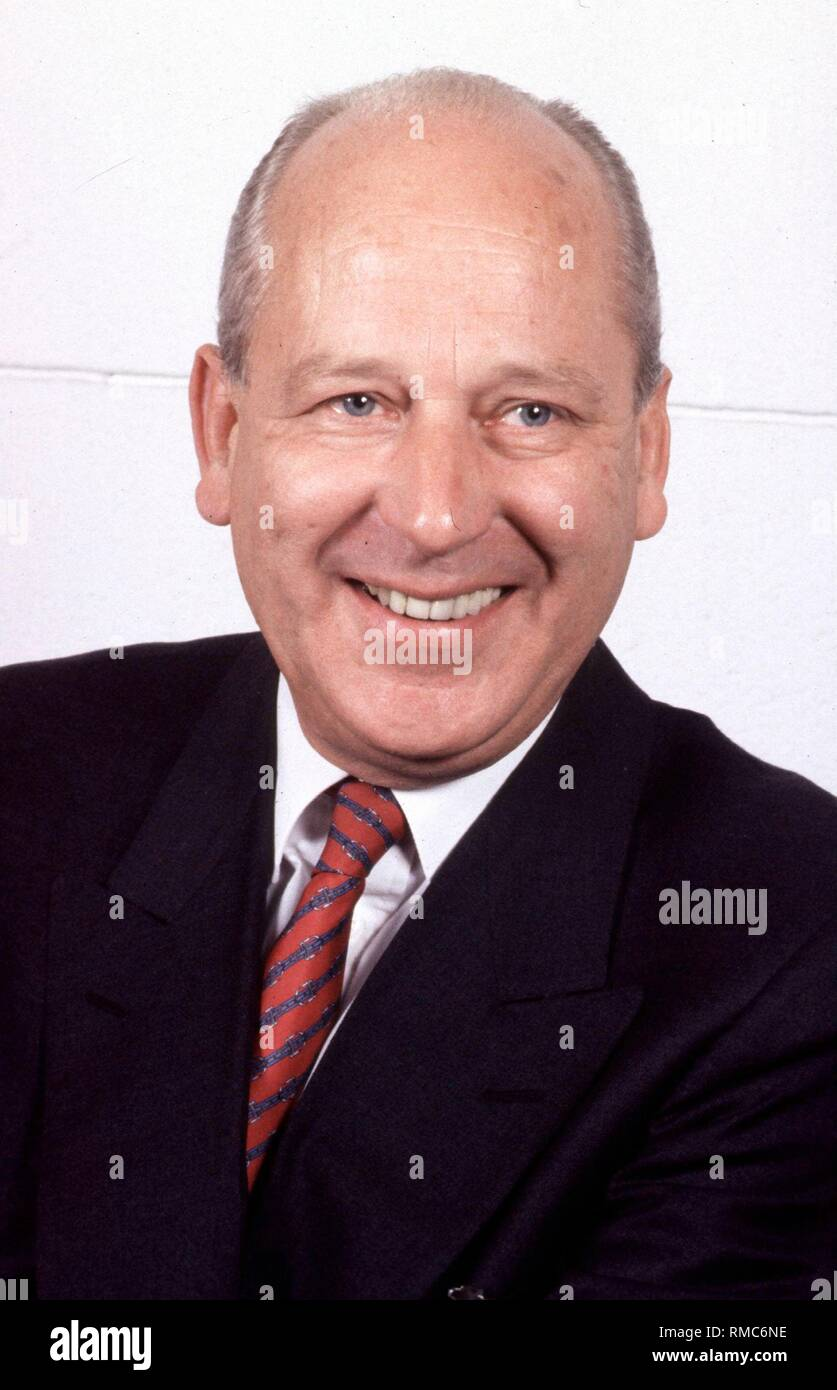 The journalist and communication scientist Prof. dr. Eberhard Witte (photo) celebrates his 75th birthday on the 3rd of January, 2003. - Stock Image