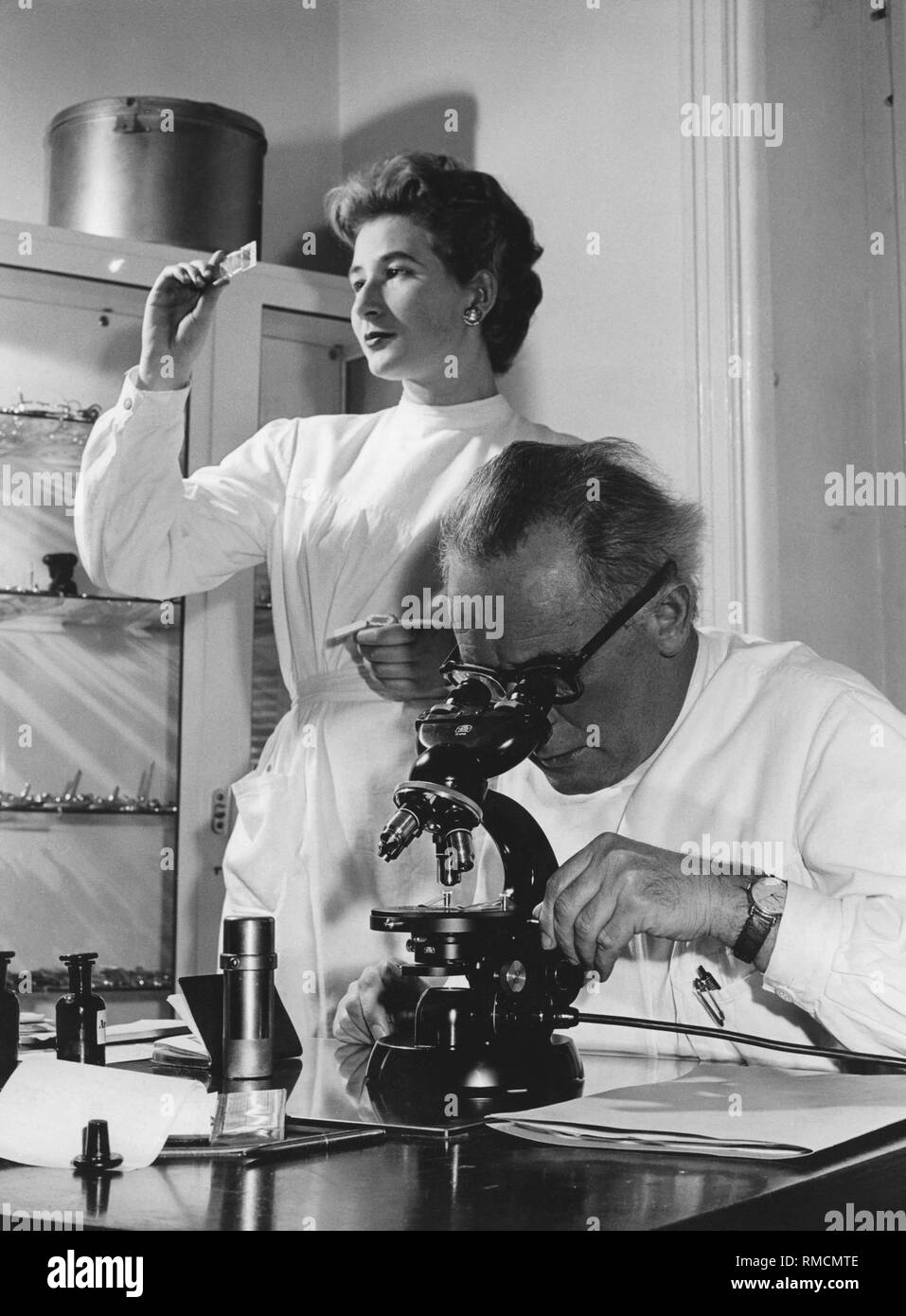 In a doctor's office, 50s Stock Photo - Alamy