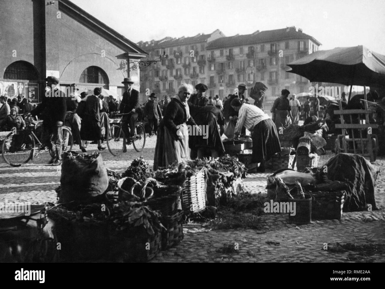 balon market, turin, piemonte, italy 1910-20 - Stock Image